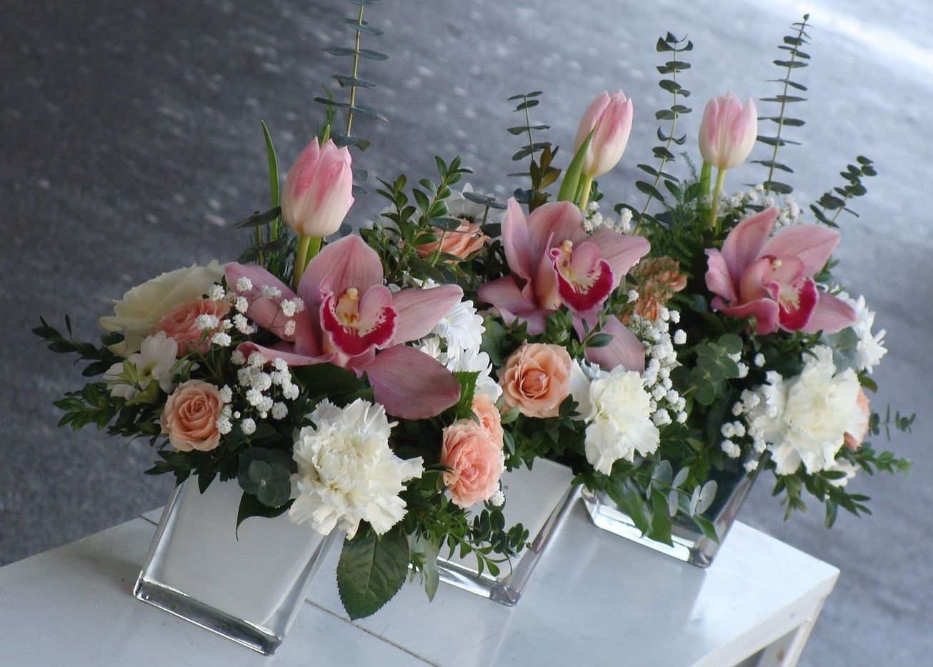 Modern style Christmas bouquets
