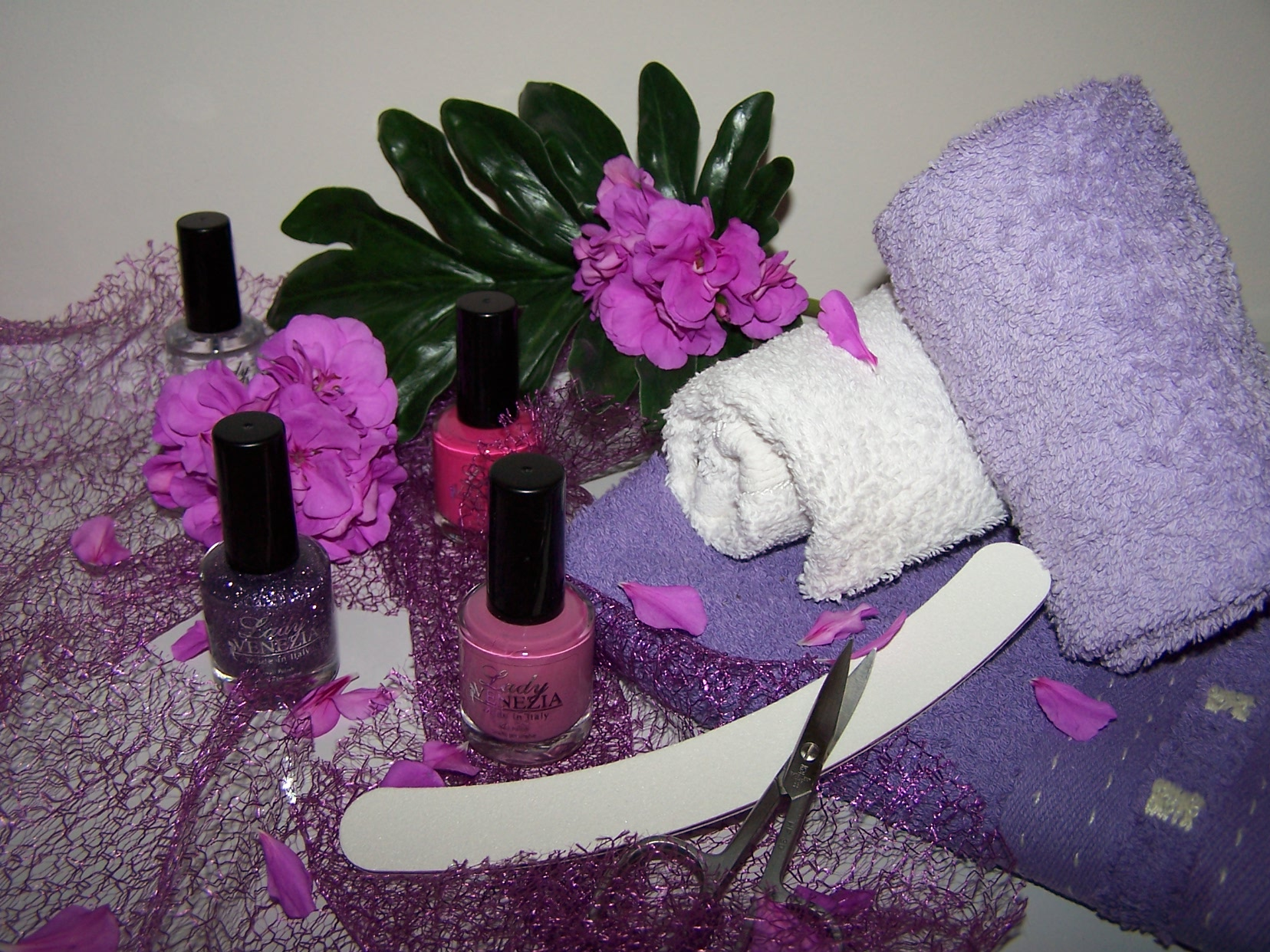 Plan a pamper evening for the ladies