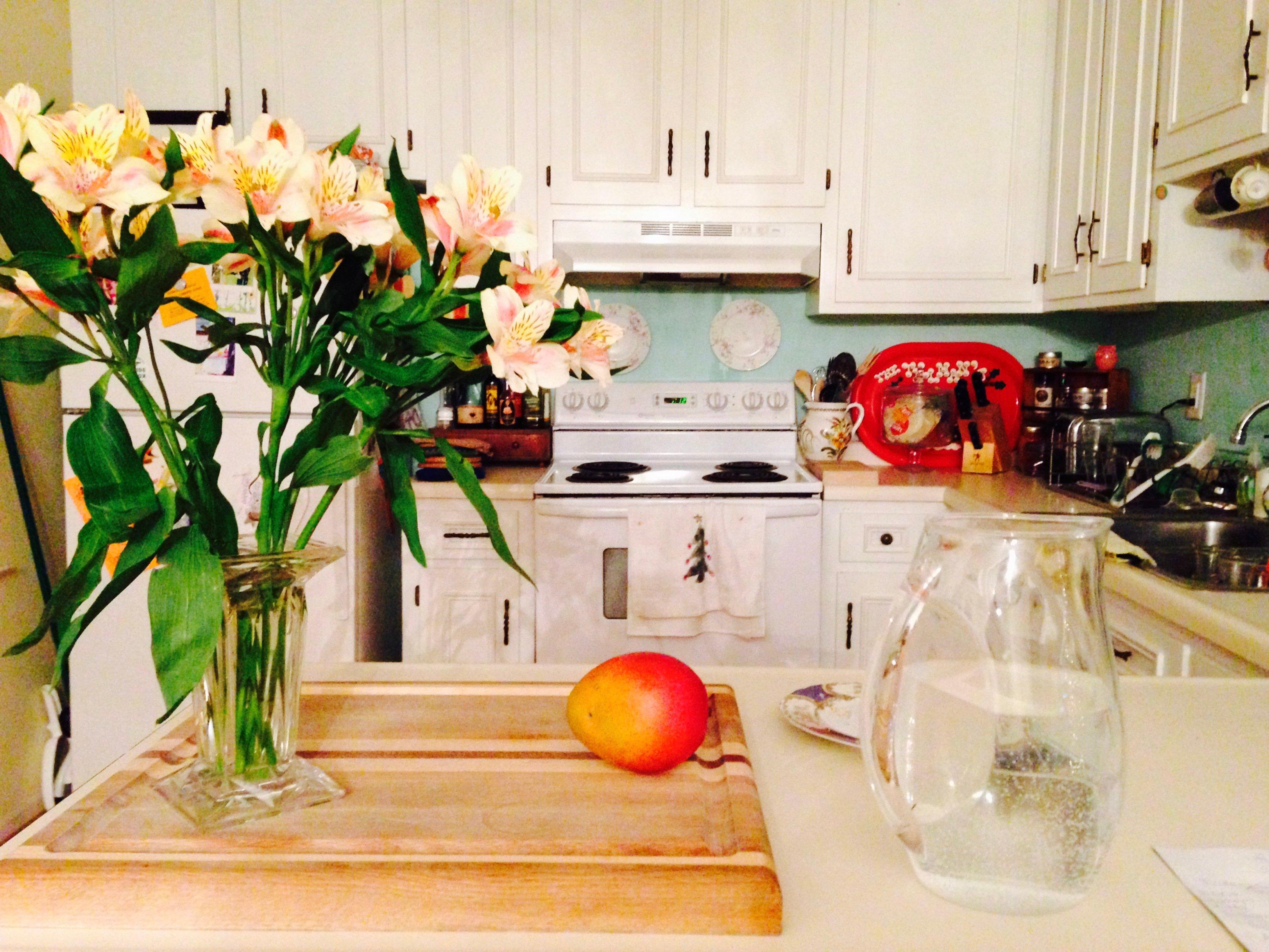 Floral Décor Tips For Your Kitchen Flower Press