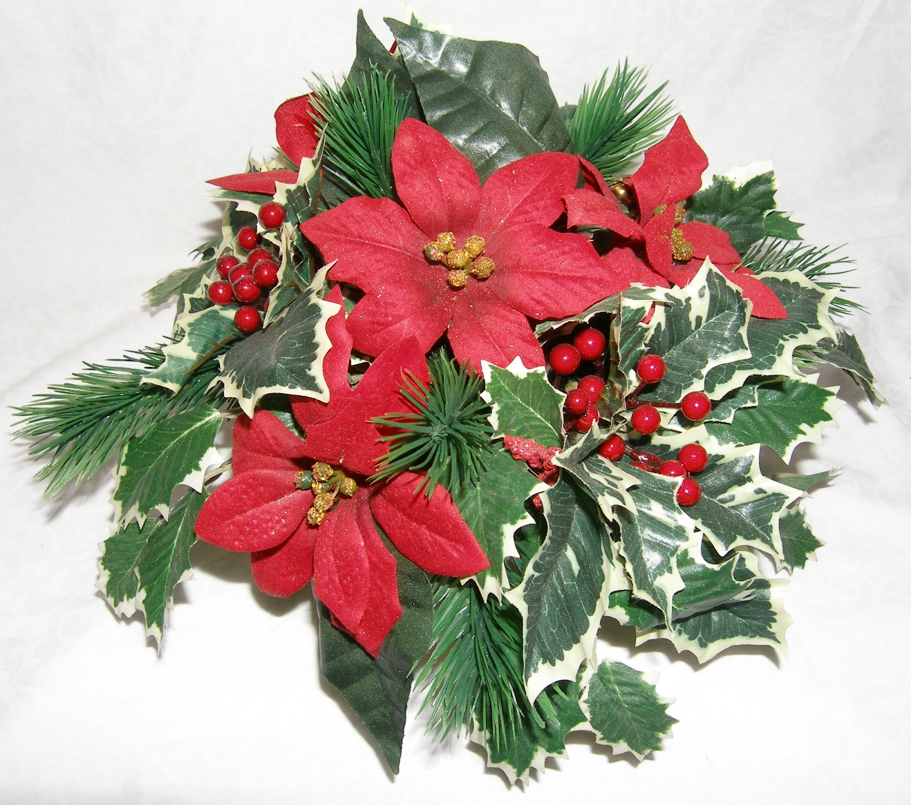 Christmas flowers for your holiday host