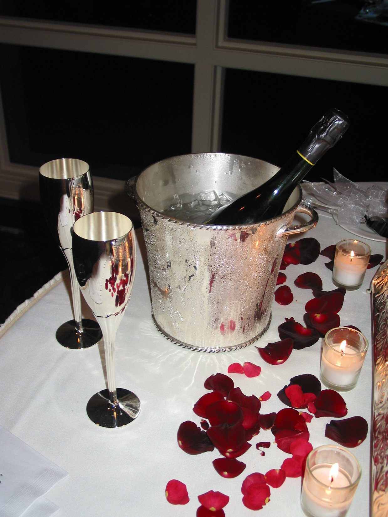 Why is champagne perfect for Valentine's Day?