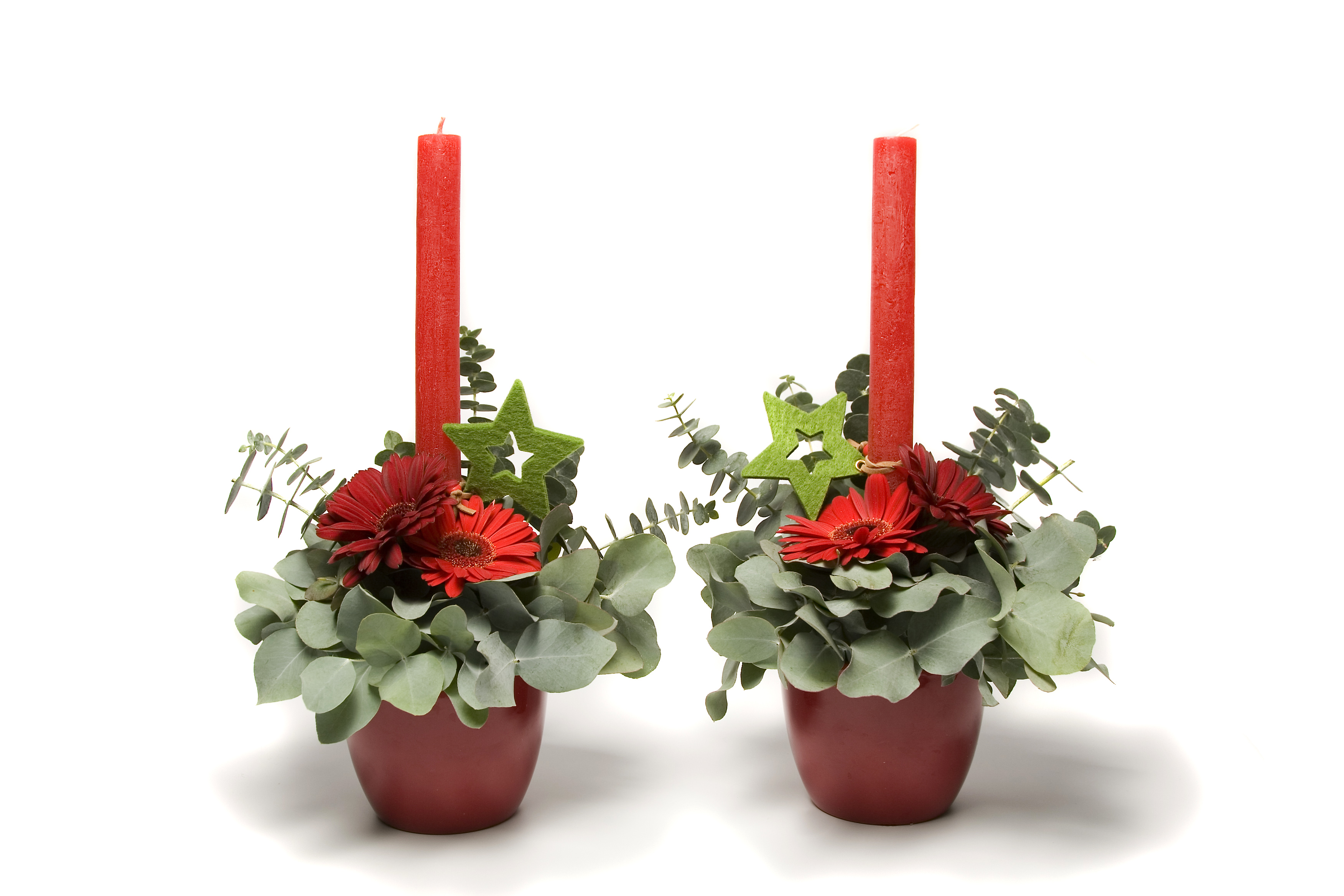 Christmas Flower Arrangements.Christmas Arrangements With Fewer Flowers Flower Press