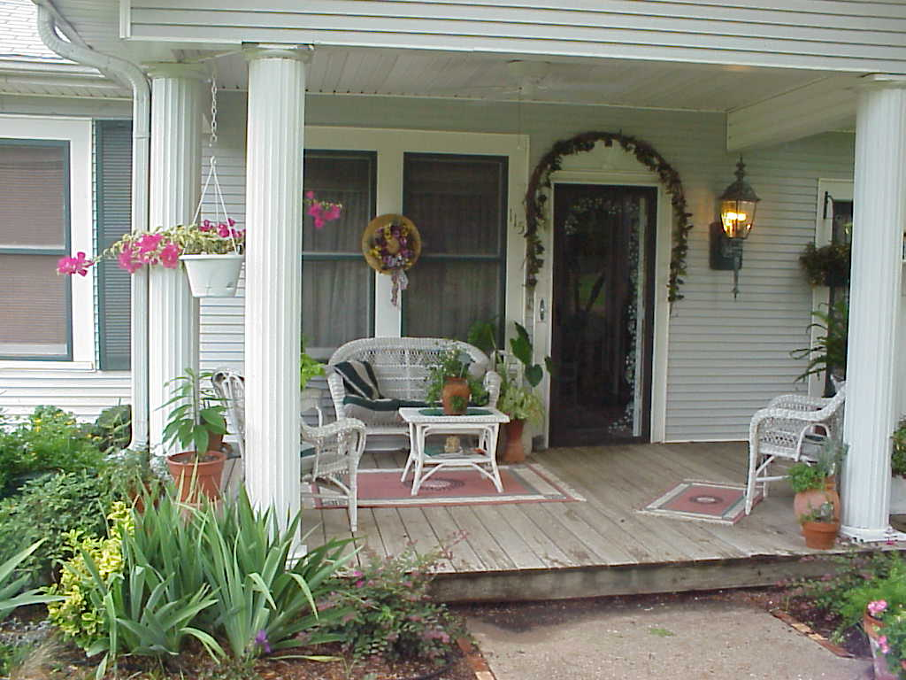 Decorating your patio with flowers