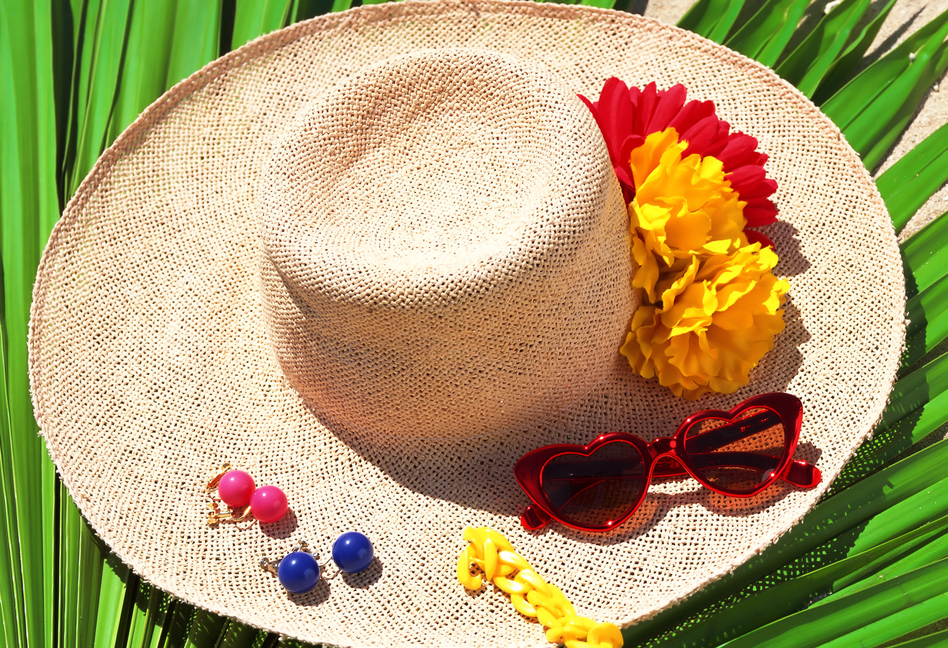 Make a flower hat for summer