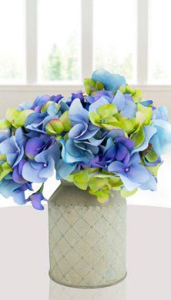 Hygge flower décor