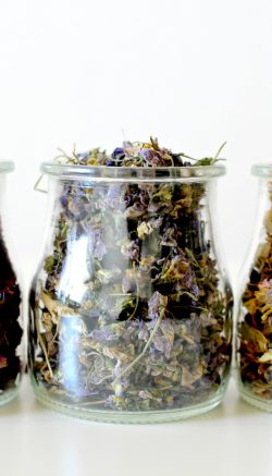 Sachets with dried flowers
